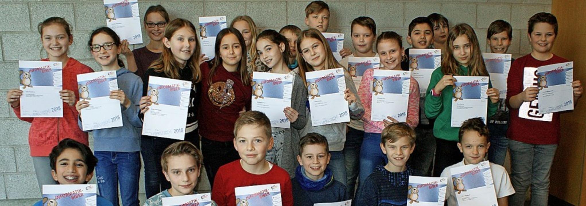 <BZ-FotoAnlauf>Kreisgymnasium Bad Kroz...rmatik-Biber brachten viele Urkunden.   | Foto: Kreisgymnasium