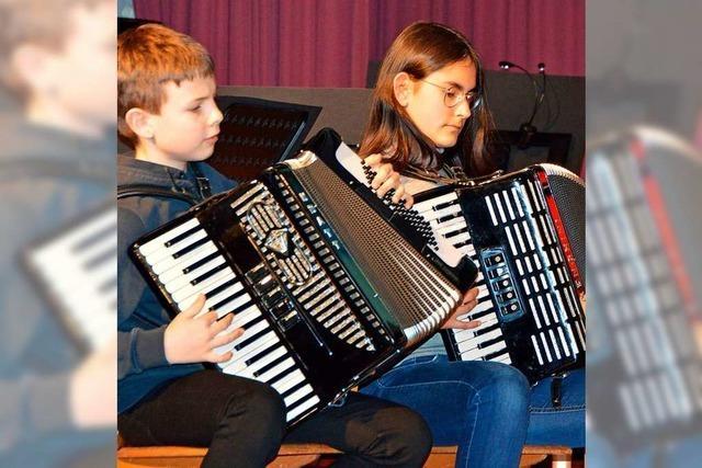 Akkordeon-Club Kirchzarten begeistert mit seinem Jahreskonzert