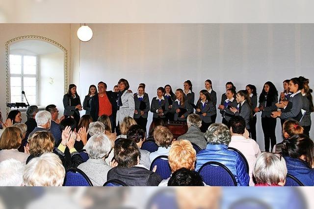 Poesie und Musik locken ins Schloss Hohenlupfen