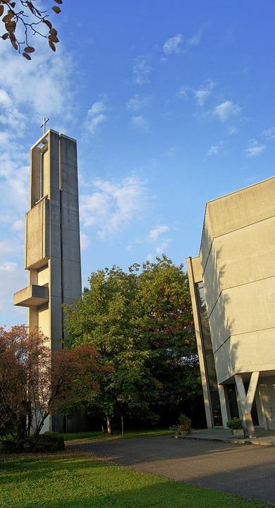 Markante Beton-Architektur: die Auferstehungskirche.   | Foto: Bruhier