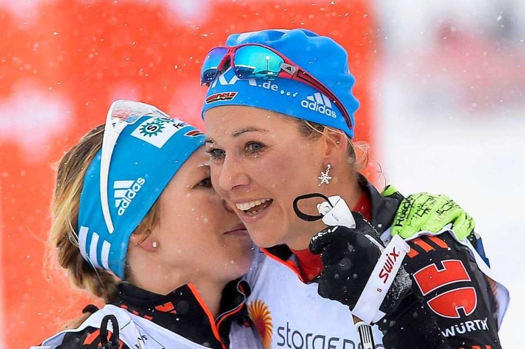 Sandra Ringwald (links) und Stefanie Böhler hören auf mit dem Leistungssport.  | Foto: dpa
