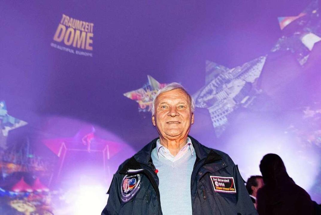 Ernst Messerschmid plauderte über die Chancen der Raumfahrt.  | Foto: dpa