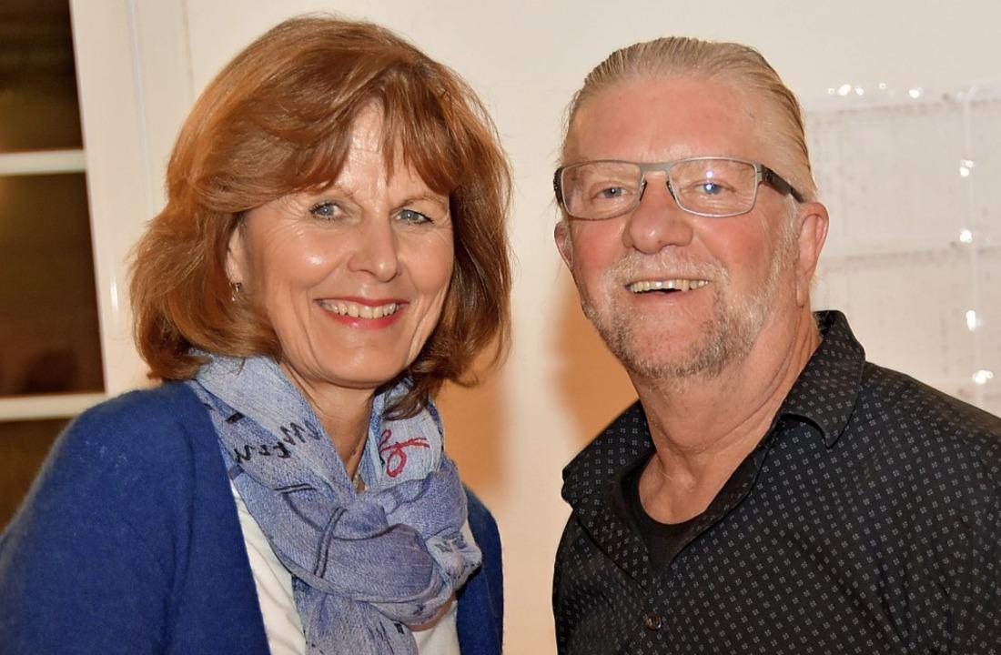 Vorsitzende Uschi Simon-Fahrner mit   Alfred Beiser   | Foto: Steinhart