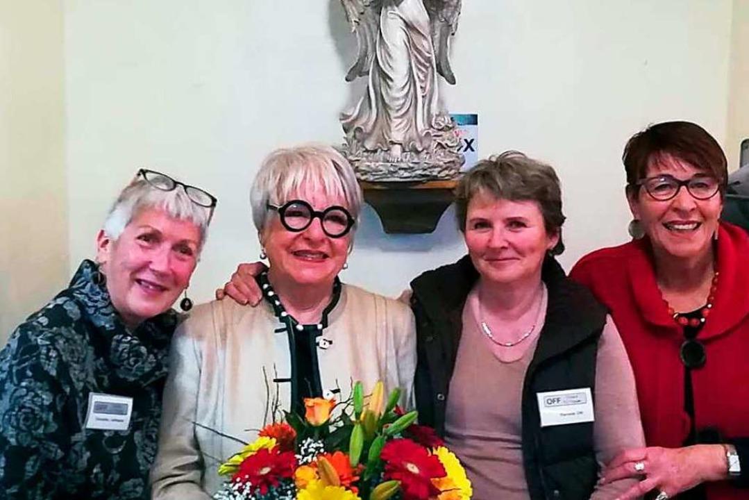 Die neue Vorsitzende Veronika Lehmann ...den Vorsitzenden Elisabeth Armbruster.  | Foto: Privat