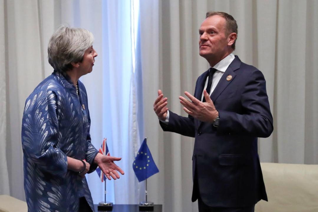 Theresa May, Premierministerin von Gro...Gipfel der EU und der Arabischen Liga.  | Foto: dpa