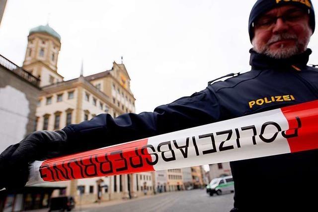 Rechtsextreme Drohmails: Polizei ermittelt Verdächtigen