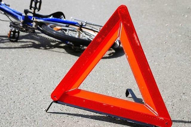 Radfahrer wird bei Unfall in Lörrach leicht verletzt