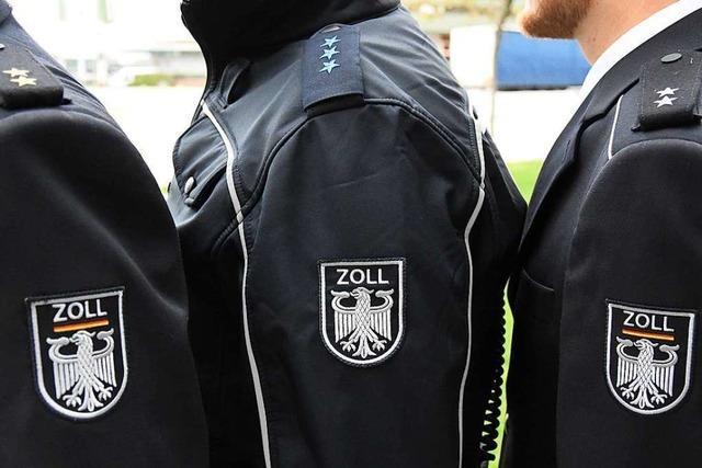 Der Zoll in Südbaden trägt nun blaue Uniformen