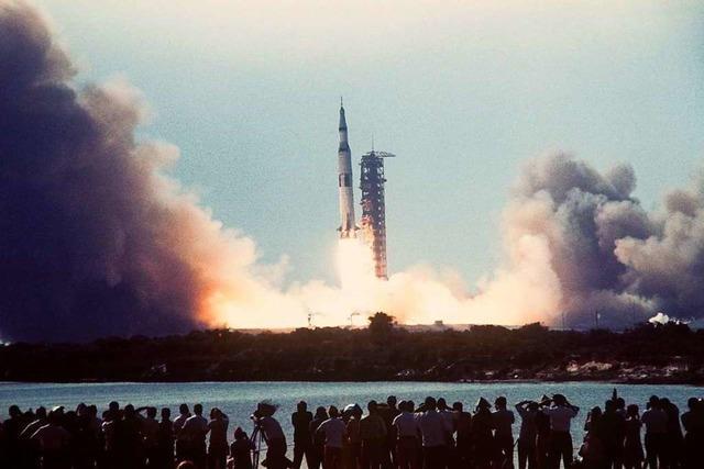 Zwei neue Romane zum Thema Mondlandung