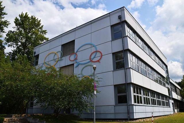 Das Theodor-Heuss-Gymnasium in Schopfheim sucht Ehemalige als Zeitzeugen