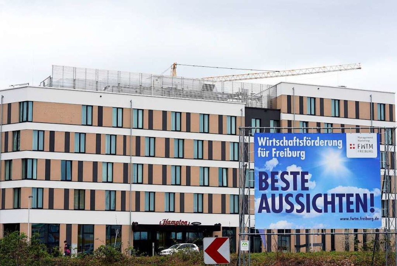 Zwei Hotels gibt es bereits auf dem Gü...stens zwei weitere kommen noch hinzu.   | Foto: Thomas Kunz