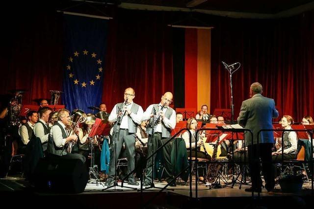 Gemeinde und Musikkapelle feiern gelungenen Festauftakt
