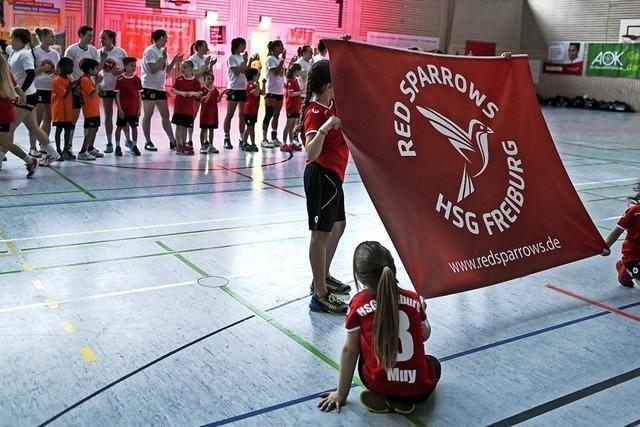 Den Handballerinnen der HSG Freiburg fehlt noch ein Punkt zum Titel