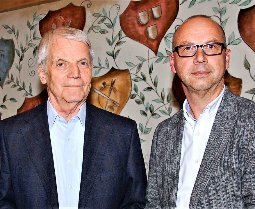 Der wiedergewählte Vorsitzende Mark Ri...(links) für 50-jährige Mitgliedschaft.  | Foto: Wolfgang Beck