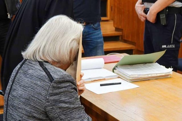 Siebenjährigen erwürgt - 70-Jährige muss viele Jahre ins Gefängnis