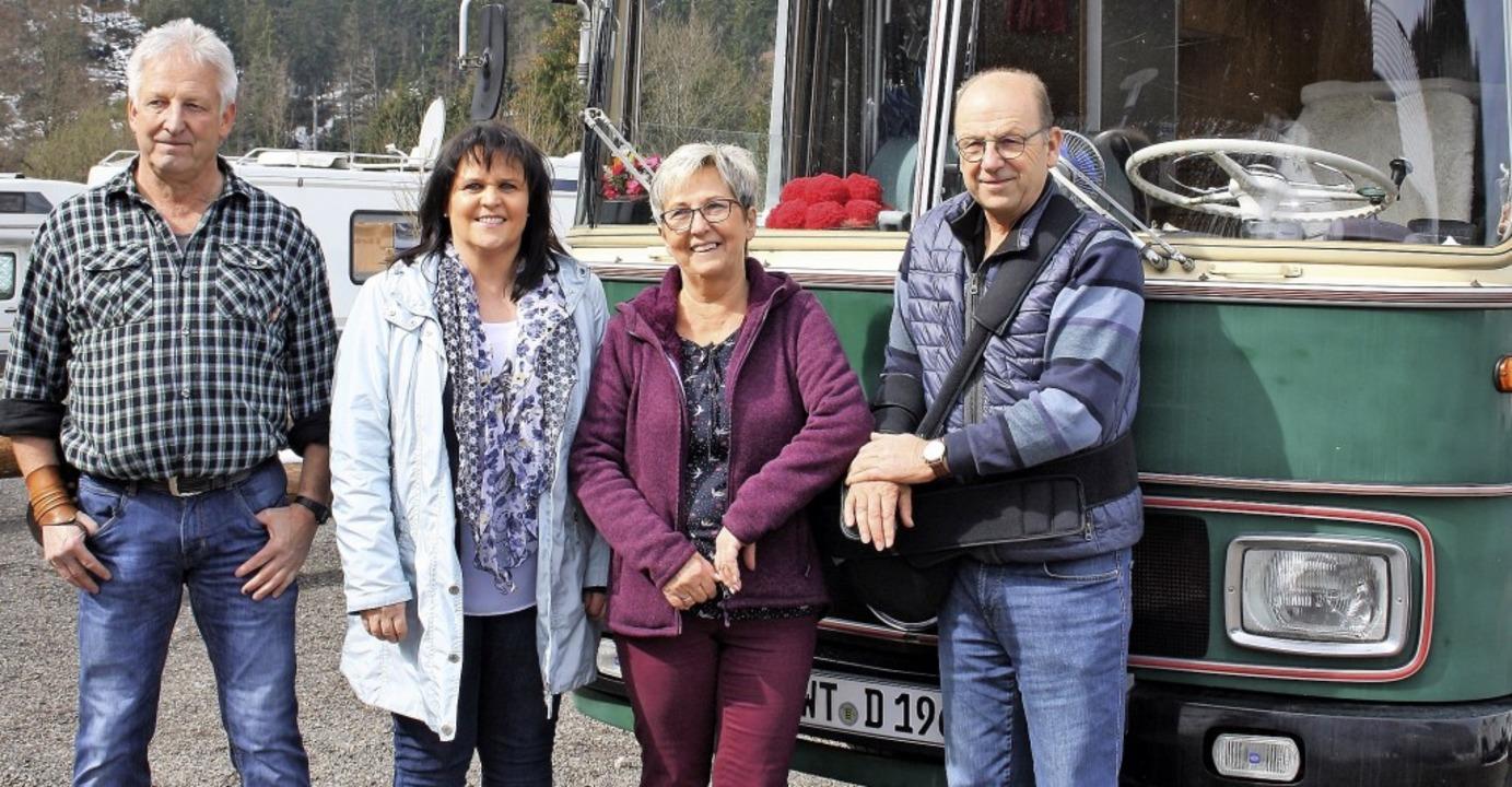 Freuen sich über den neuen Wohnmobilst...e Betreiber Franziska und Reiner Hagen  | Foto: Andreas Böhm