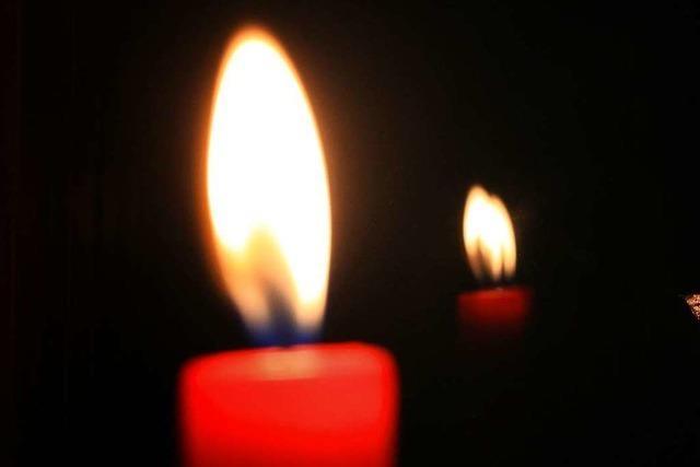Brennende Kerzen wohl schuld an Gewächshausbrand
