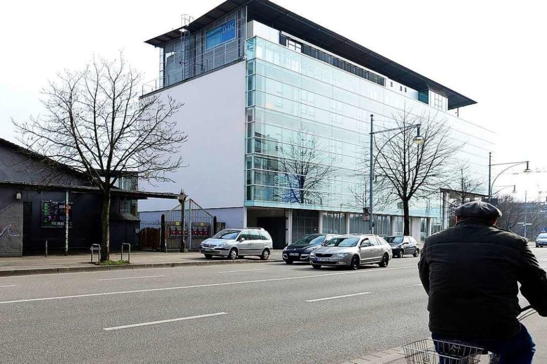 Der Hauptsitz der IHK in der Freiburger Innenstadt.  | Foto: Ingo Schneider