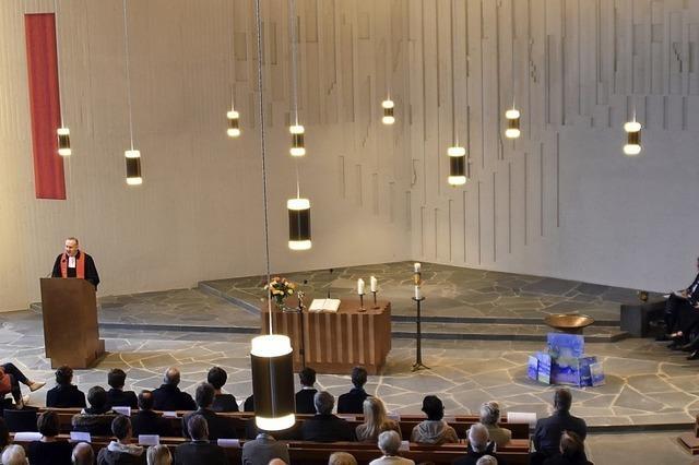 Altarraum neu, Orgel wie neu