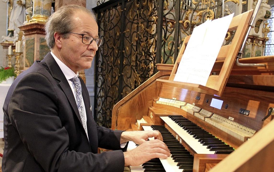 Johannes Götz spielte in der Barockkir...onen, die für Schaffensphasen stehen.     Foto: Krieger