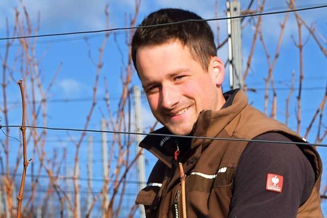 25-Jähriger aus Ehrenkirchen als bester Weinbau-Schüler ausgezeichnet