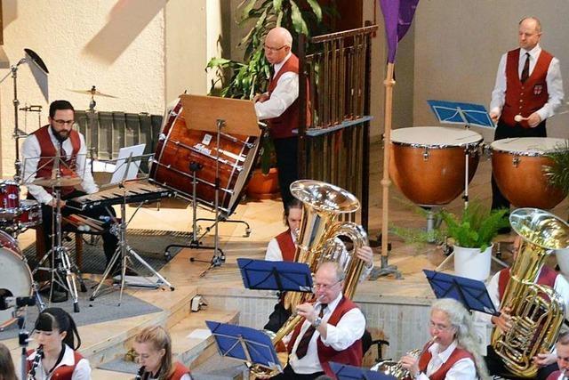 Musikverein Wittental spielte unter ungewohnten Bedingungen in der Kirche