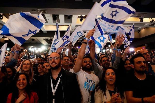 Wahlkrimi in Israel: Netanjahus Likud und Gantz-Opposition gleichauf