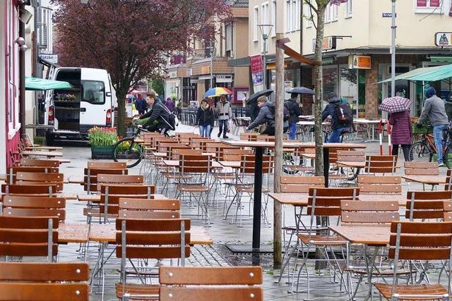 Wenn es eng wird in der Rheinfelder Fußgängerzone