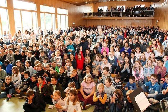Wilhelm-August-Lay-Schule in Bötzingen feiert das Gemeinschaftsgefühl