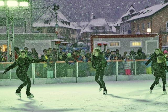 Eislaufen auf dem Viehmarktplatz