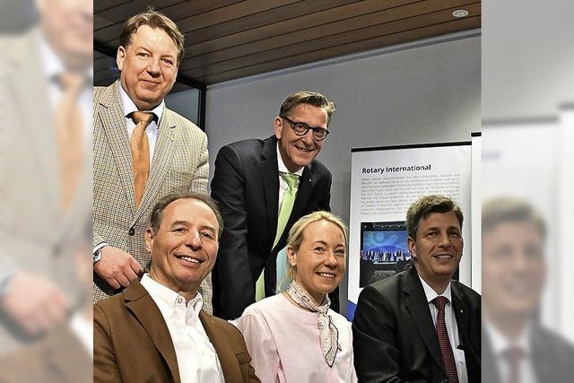 Rotary Club feiert mit erster Ausstellung Geburtstag