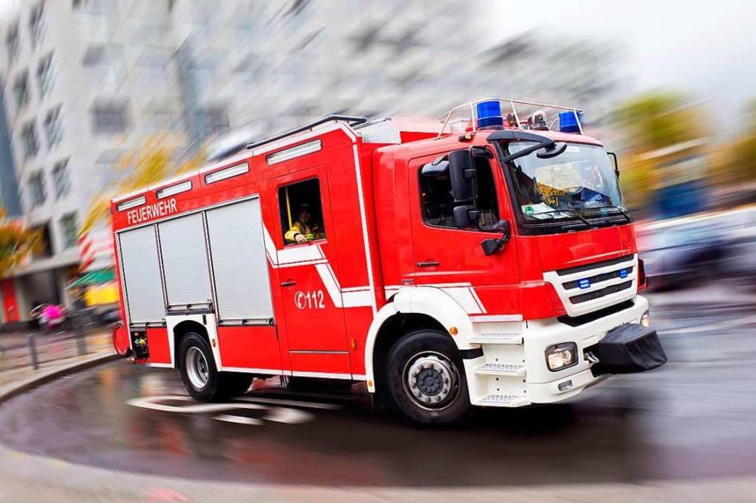Die Feuerwehr wurde am Mittwoch, 10. A... fünf Fahrzeugen vor Ort (Symbolbild).  | Foto: Eyetronic (Fotolia)