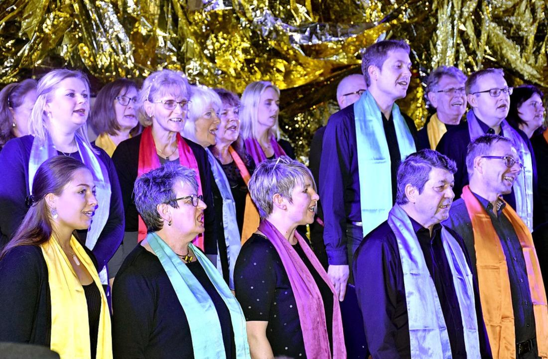 Die Schwarzwälder Gospel Singers unter...der Nachmittagsgruppe gestaltet hatte.  | Foto: Thomas Biniossek