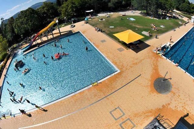 Eintritt im Denzlinger Schwimmbad