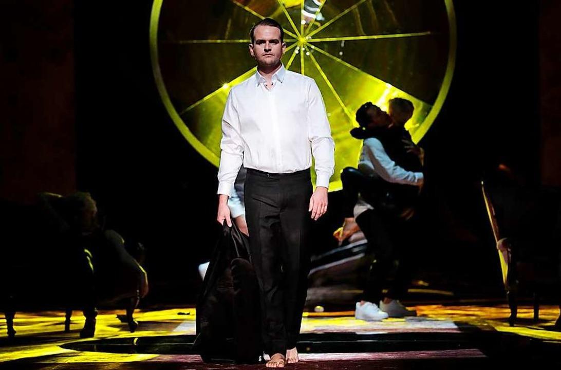 Protagonist mit doppelter Identität: Don Giovanni (Michael Borth)  | Foto: Paul Leclaire_Köln