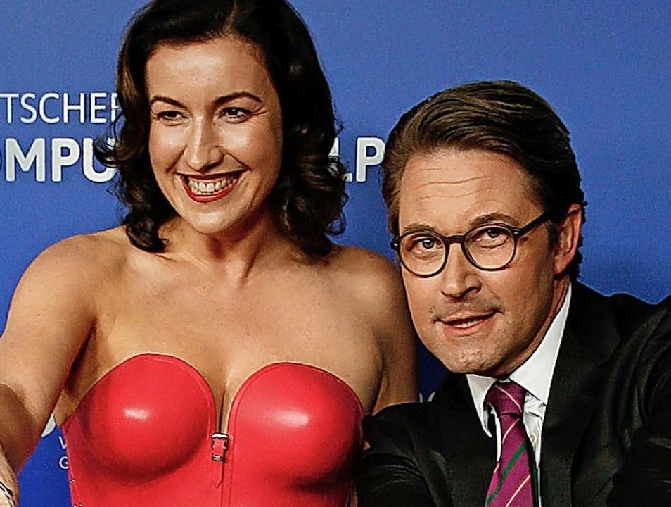 Dorothee Bär (CSU), Staatsministerin f..., und Verkehrsminister Andreas Scheuer  | Foto: dpa