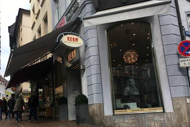 120 Jahre Parfümerie Kern in Freiburg: