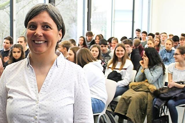 Schweizer Klimaforscherin diskutiert mit Schülern über die Zukunft