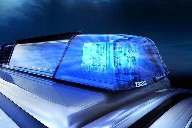 Polizei sucht nach Mann, der Sparkasse in Waldkirch überfallen hat