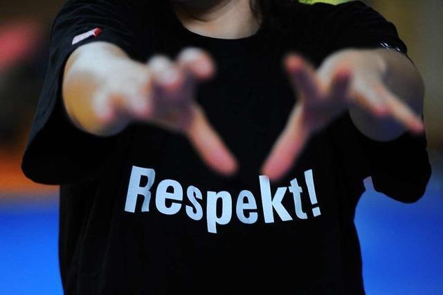 Schülern fehlt Respekt, weil sie von falschen Vorbildern lernen