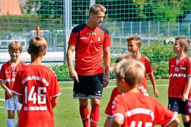 Der SC Freiburg bekommt 250 000 Euro für die Nachwuchsarbeit
