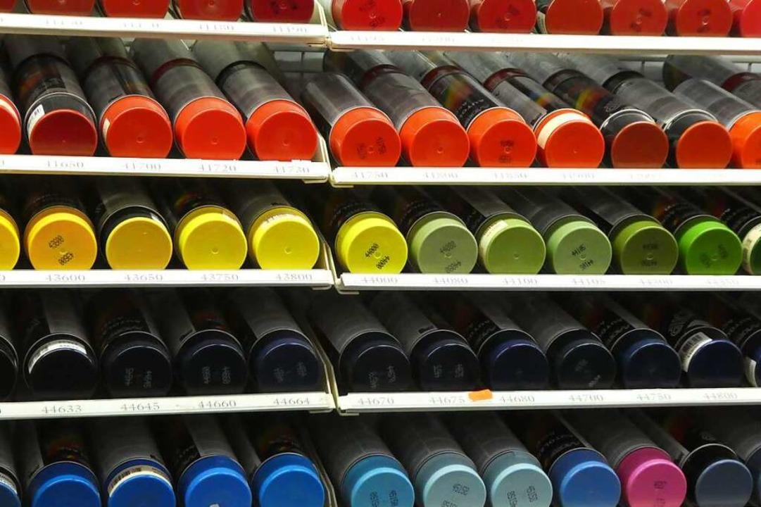 Ein bisschen Farbe lässt sich auch gan...cht in die eigenen vier Wände bringen.  | Foto: Farben Thon
