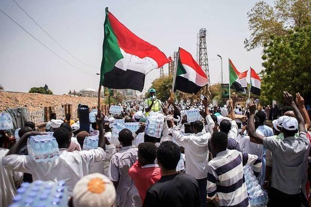 Gefährliches Tauziehen um die Macht im Sudan