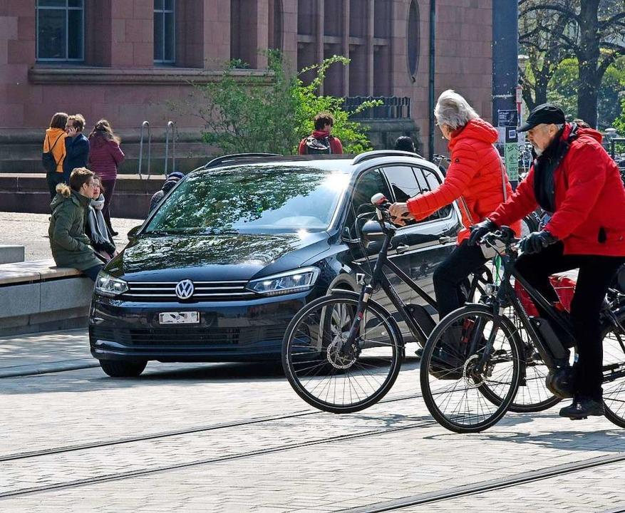 Nach wie vor sind zu viele Autos auf dem Rotteckring unterwegs.  | Foto: Michael Bamberger
