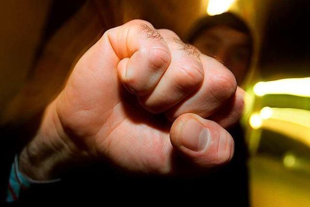 Mann nach Auseinandersetzung in Basler Club lebensgefährlich verletzt