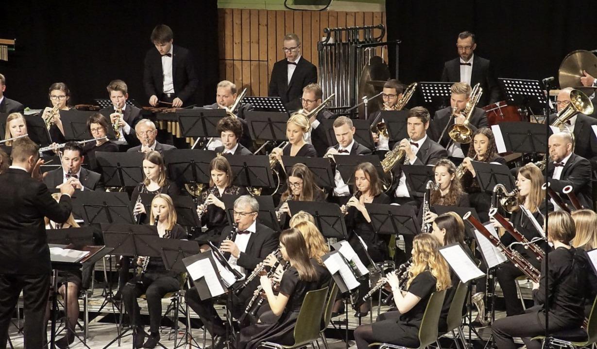 """Konzentrierte Musiker: Der """"Auftakt"""" überzeugte das Publikum.     Foto: Ilona Hüge"""