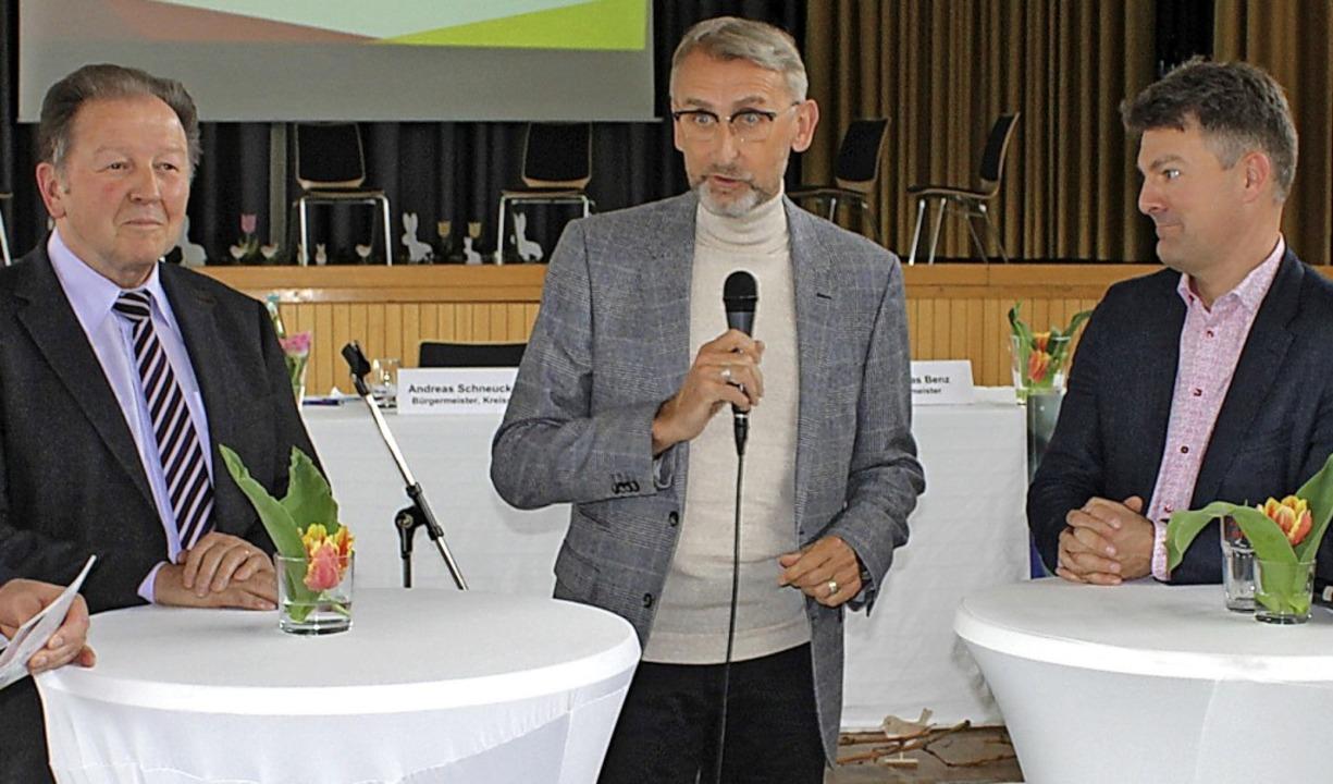 In einer Gesprächrunde beantworteten P...s baden-württembergischen Städtetages.  | Foto: Rolf Reißmann