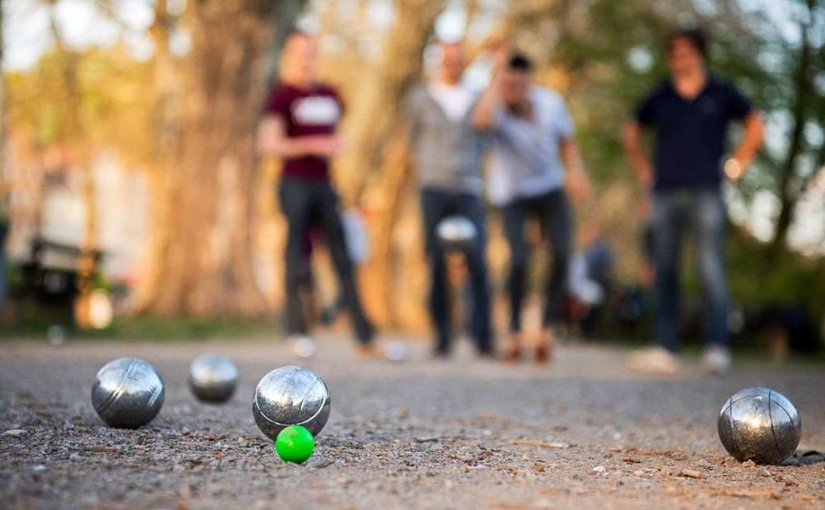 Boule spielen im Seepark? Wenn sich ei...gulden aus dem Wunsch Realität werden.    Foto: dpa
