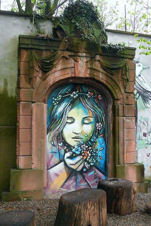 Das Portal der Rempartkaserne steht heute auf dem Augustinerspielplatz.   | Foto: Joachim Scheck