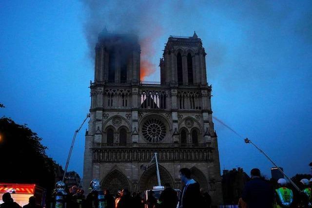 Fotos: Großbrand in der Pariser Kathedrale Notre-Dame